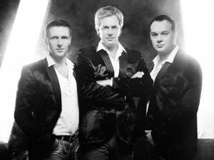 Фото: До Полтави їде романтичне тріо «S-Klass» та темпераментний скрипаль Роман Почеп