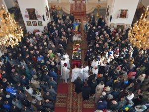 Полтава на колінах прощалася із загиблим в АТО Антоном Грицаєм (відео)