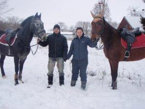 Фото: Родина переселенців із Донеччини евакуювала на Полтавщину цілу кінноспортивну школу