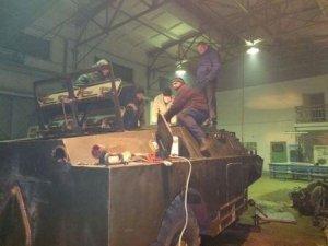 Фото: Лохвиччани передадуть військовим відремонтований БРДМ