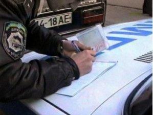 Фото: На Полтавщині затримали два авто, які незаконно перевозили нафту і дизпаливо
