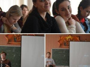Фото: Полтавцям презентували поетичний проект