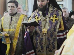 Фото: На Сорок Севастійських мучеників до Полтави привезли мироточиву ікону
