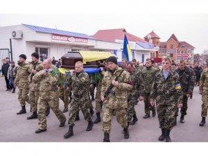 Фото: У Кобеляках попрощалися із загиблим в АТО військовим
