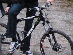 Фото: У Полтаві велосипедист-любитель затримав велосипедиста-крадія