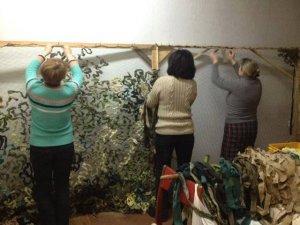 Фото: Полтавців просять приносити тканину на сітки для АТО