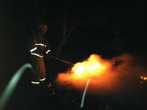 Фото: Через коротке замикання у Полтавському районі загорілася дача