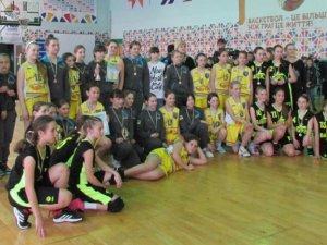 Фото: Юні полтавські баскетболістки завоювали «срібло» Всеукраїнських змагань