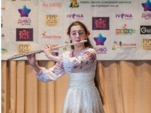 """Фото: Полтавка отримала премію """"Диво-Дитина 2015"""""""
