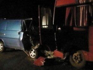 Фото: У ДТП на Полтавщині загинув демобілізований, ще п'ятеро людей постраждали
