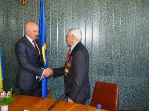 Фото: Полтавська влада привітала ветеранів (фото)