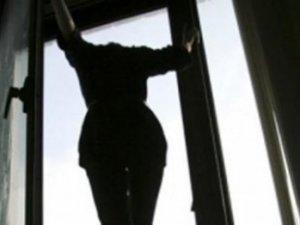Фото: У Полтаві з дев'ятого поверху випала жінка