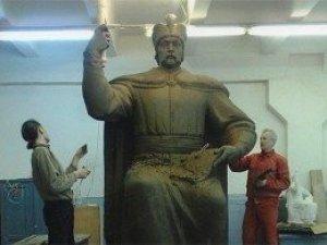 Думки про місце встановлення пам'ятника Мазепі в Полтаві у Бублика і Мамая різні