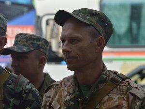 Фото: Син бійця батальйону «Полтава»: Однокласники хвалять тата, що він пішов у АТО (ФОТО)