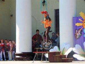 Фото: Обласне свято для дітей у Полтаві (фоторепортаж)