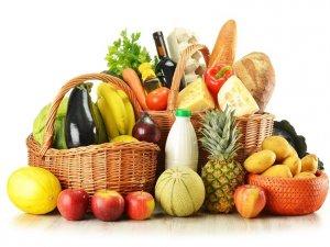 Фото: Купуючи їжу, люди «ведуться» на рекламу, ціну та поради фахівців