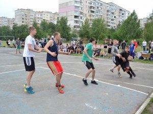 Фото: Визначили, хто представить Полтаву в фіналі Української стрітбольної ліги