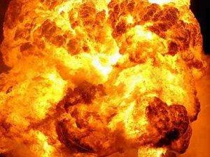 Фото: У Полтаві вибухнула вантажівка з боєприпасами (оновлено, фото)