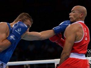 Фото: Представник Полтавщини на Євроіграх, боксер Олександр Хижняк, здобув бронзову нагороду.
