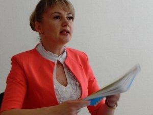 Фото: Керівник «Полтавафарм» сама собі виписувала премії та підняла зарплату до 30 тисяч гривень