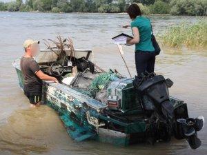 Фото: На Полтавщині правоохоронці викрили підпільний цех з переробки риби