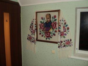 Фото: «Вишитий Шевченко»: портрет із миргородської бібліотеки