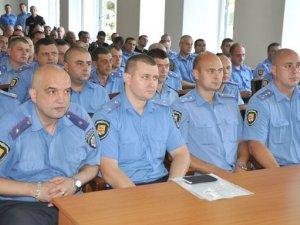 Фото: Майже півтори сотні полтавських правоохоронців отримали посвідчення учасників бойових дій