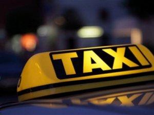 Фото: На Полтавщині затримали таксиста-сутенера