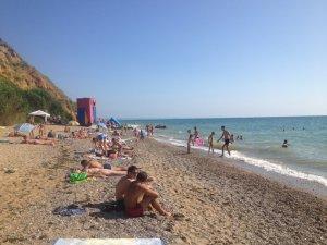 Фото: Особливості курортного сезону та версії кримчан щодо нестачі туристів
