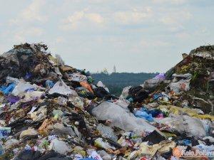 Фото: Обласна влада Полтави поскаржиться у прокуратуру на міську владу через Макухівське сміттєзвалище