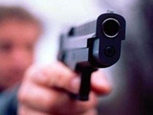 Фото: Затримали підозрюваного в стрілянині на Богдана Хмельницького