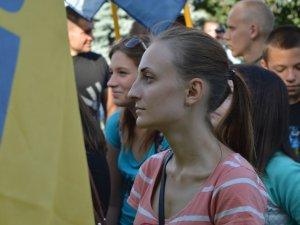 Фото: «Азов» пройшов мирною ходою у Полтаві (ФОТО)