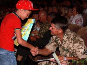 Фото: Двох загиблих полтавців нагородили орденами «За мужність» посмертно