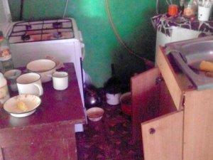 Фото: У селі під Полтавою дитина жила в антисанітарії