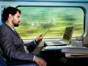 Фото: З 1 вересня усі швидкісні поїзди повинні мати доступ до Інтернету