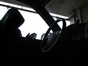Фото: У Диканському районі зловмисник на викраденому авто врізався у кювет