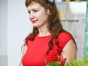 Фото: На посаду мера Кременчука претендуватиме активістка, яка вимагала прибрати пам'ятник Бабаєву