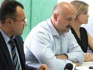Фото: У обласній раді вважають, що захищати права учасників АТО мають громадські організації