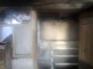 Фото: У Миргороді  через пожежу будівля залишилась без даху