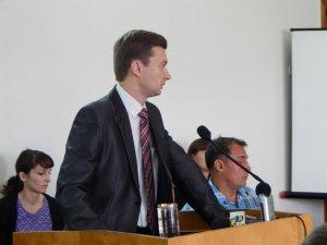 Фото: На Полтавщині партійні кандидати  неактивно реєструються на вибори