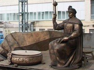 Фото: На День захисника України можуть відкрити пам'ятник Мазепі у Полтаві