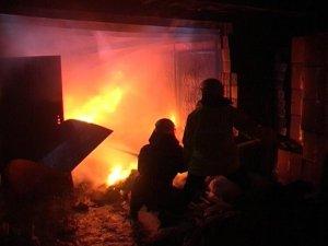Фото: У Полтаві евакуювали жителів  з палаючої п'ятиповерхівки