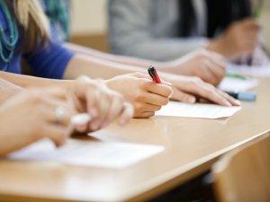 Фото: У Полтаві пояснили, як у новому навчальному році проходитимуть випускні іспити