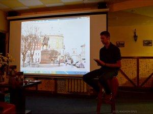 Фото: У Полтаві презентували «Листи з того світу» львівського письменника Сергія Бута