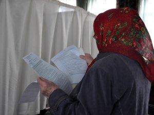 Полтавці не поспішають на голосування: ранковий репортаж (ФОТО, ВІДЕО)