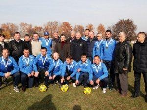 Фото: На Полтавщині нагородили ветеранів-футболістів, які перемогли на турнірі у Франції