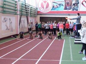 Фото: У Полтаві 300 дітей змагалися за призи від відомого легкоатлета