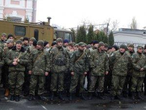 Фото: З Полтави в зону АТО провели близько сотні правоохоронців (фото)