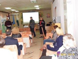 Фото: Громадські організації та бібліотеки Полтавщини разом допомагатимуть переселенцям