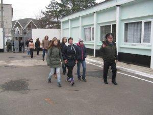 Фото: Учням полтавського ліцею провели екскурсію у виправній колонії